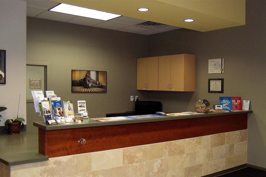 Dm architecture sauk point veterinary clinic for Veterinary clinic interior design